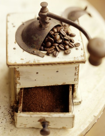 Vintage-Vintage coffee mill