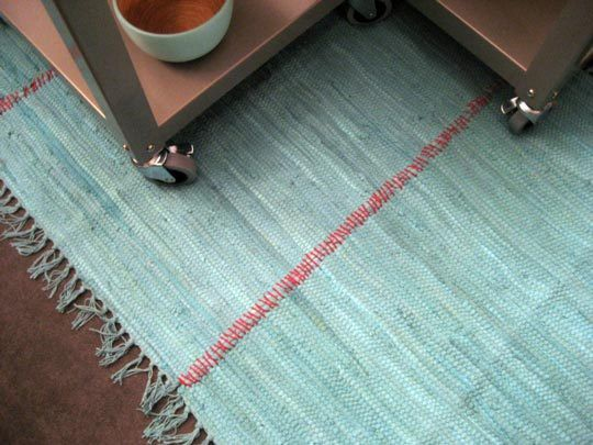 heap way to make a rug! Using Doormats